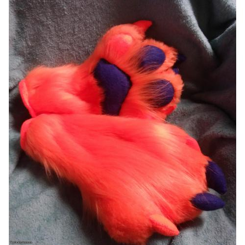 Orange and blue puffy paws