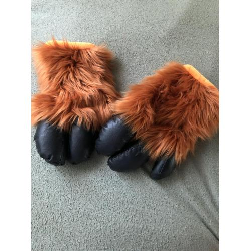 Hand Hooves