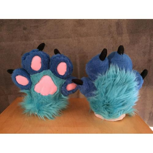Blue Puffy Paws